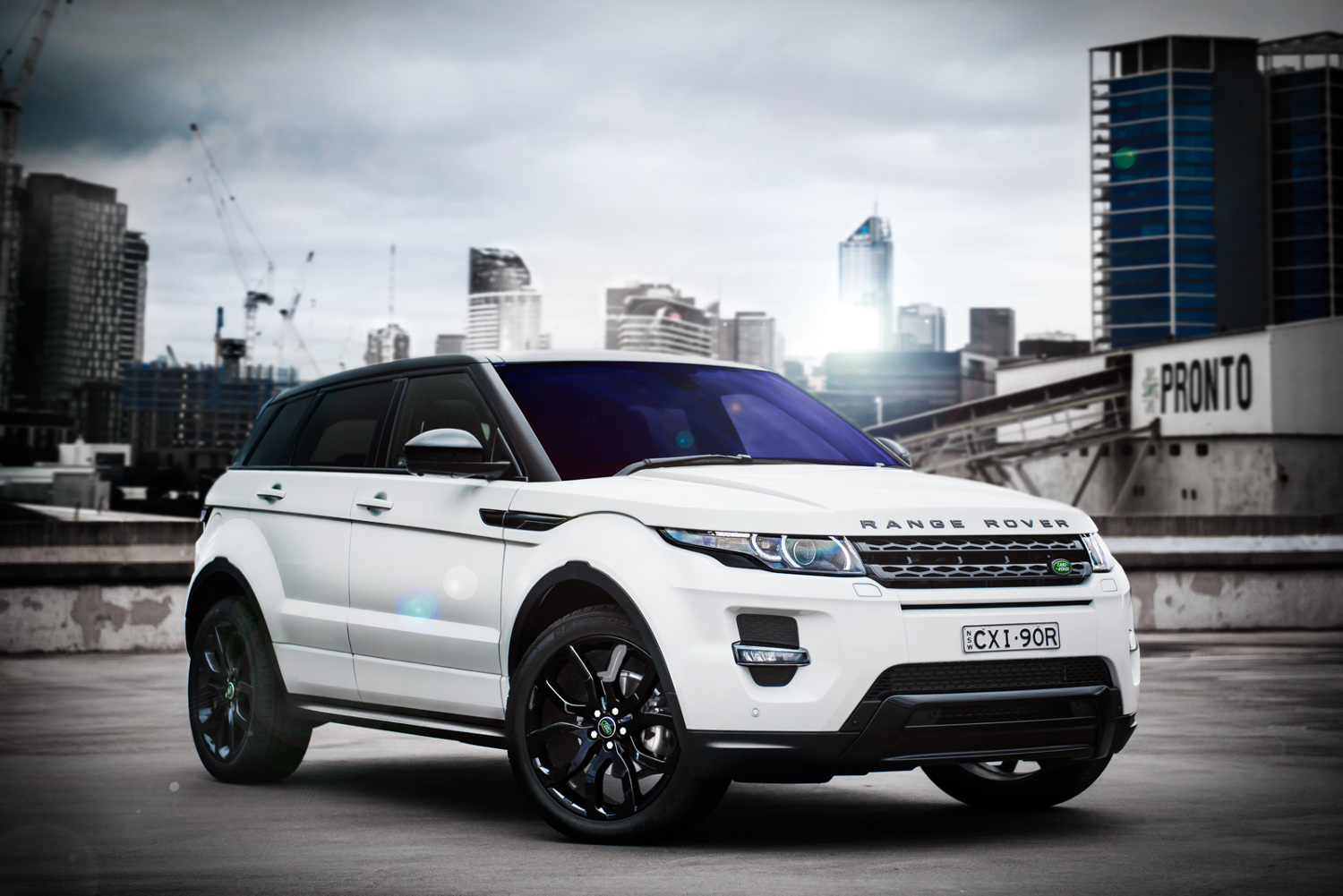 2015 range rover evoque dynamic onpoint. Black Bedroom Furniture Sets. Home Design Ideas